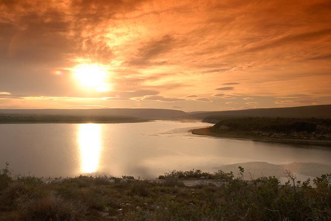 De-Hoop-sunset-over-vlei