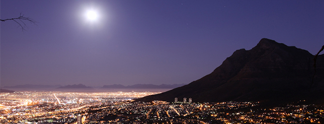 LION'S HEAD FULL MOON HIKE