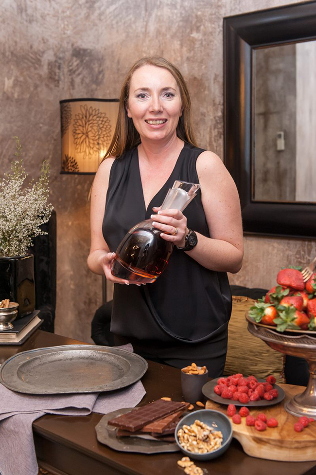 Van Ryn's Master Distiller Marlene Bester with the master blend of the Charentaise Collection2