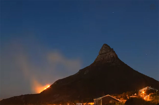 LIONS HEAD FIRE TIME LAPSE VIDEO