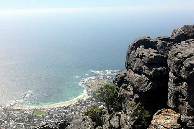 LION'S HEAD CLAIMS ANOTHER VICTIM, 200 000 VISIT CAPE BEACHES ON NEW YEARS DAY