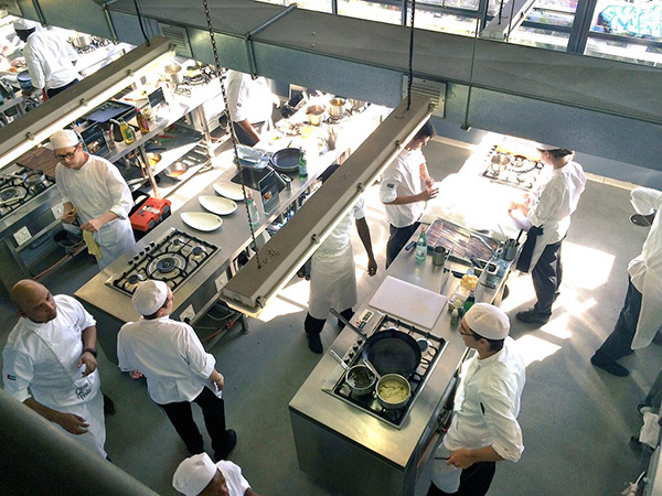 Young-Chefs-in-the-kitchen