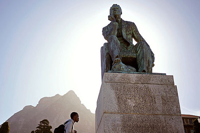 REACTIONS TO THE CECIL JOHN RHODES STATUE AT UCT