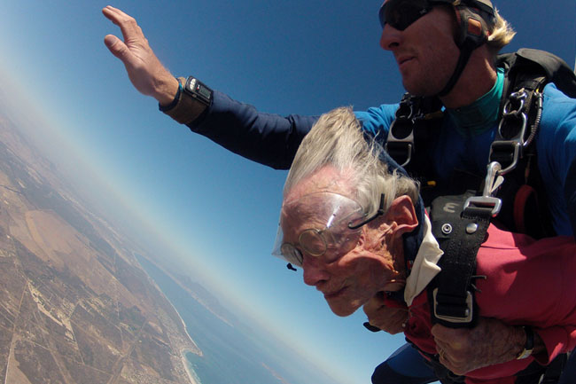 CAPE TOWN GRANNY SKYDIVES FOR HER 100TH BIRTHDAY