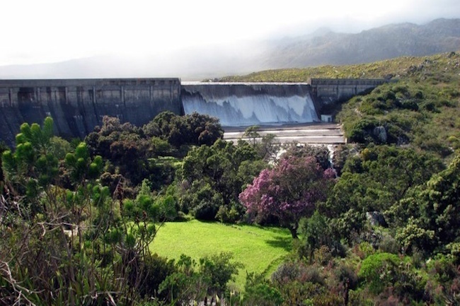 OFFICIAL: CAPE TOWN HAS WORLD-CLASS DRINKING WATER