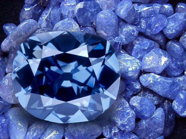 The-Diamond-Works-Tanzanite-Web-screen-1024-x-768-02