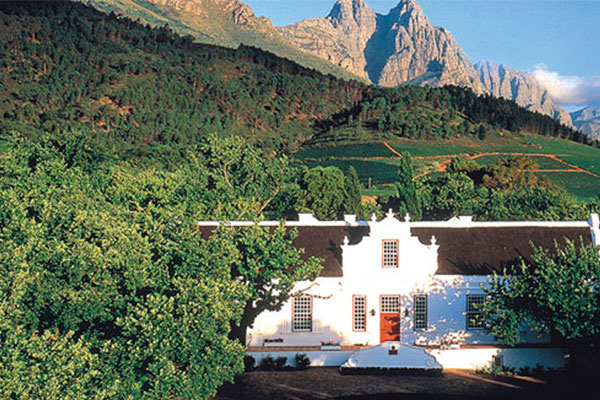 5 OF THE BEST WINE ESTATES TO VISIT THIS FATHER'S DAY