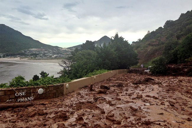CITY OF CAPE TOWN WARNS RESIDENTS ABOUT MUDSLIDES
