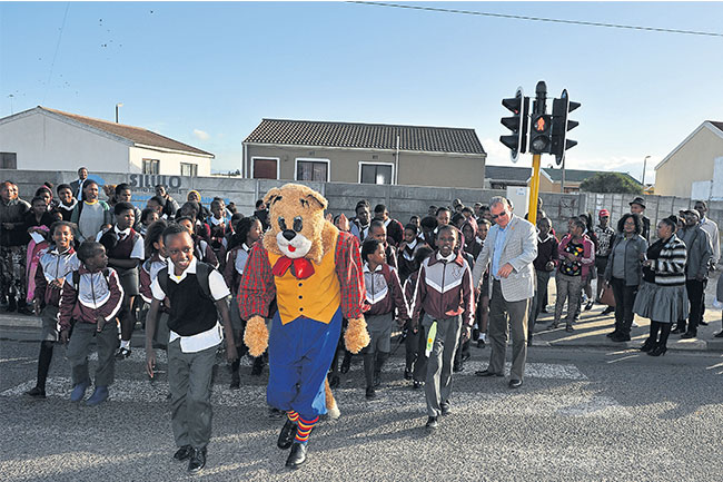 PROJECT HELPS MAKE SCHOOL TRANSPORT SAFER