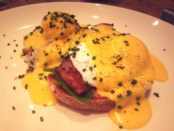Dear Me's eggs benny in all it's glory.