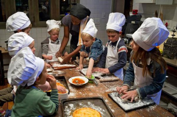 Kids-restaurants-cafe-paradiso