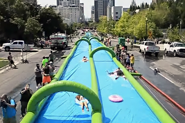 CAPE TOWN TO GET 300-METRE LONG WATER SLIDE IN SUMMER
