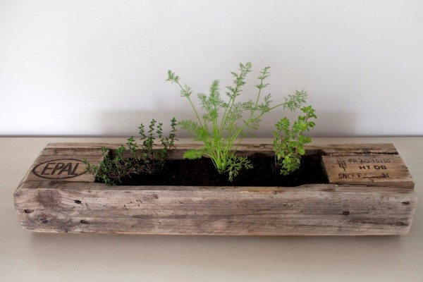 Reclaim design planter