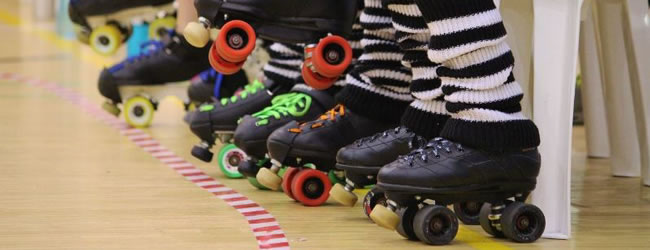 ROLLER GIRLS OPEN NIGHT