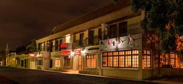 15-07-29-Clanwilliam-hotel035-1