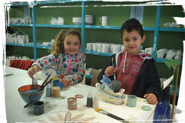 BUDDING LITTLE ARTISTS AT CLAY CAFE