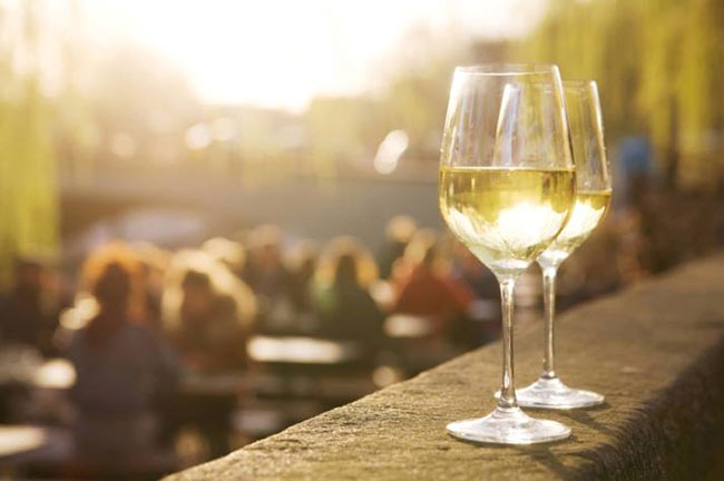 CHEAP AND CHEERFUL –WINES THAT TASTE GREAT WITHOUT THE PRICE TAG