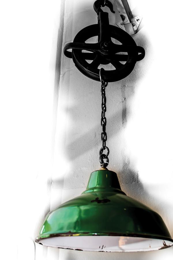 Art-&-Culture---Vintage-lamp