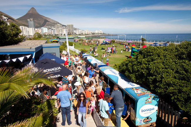 A DAY ON THE SEA POINT PROMENADE