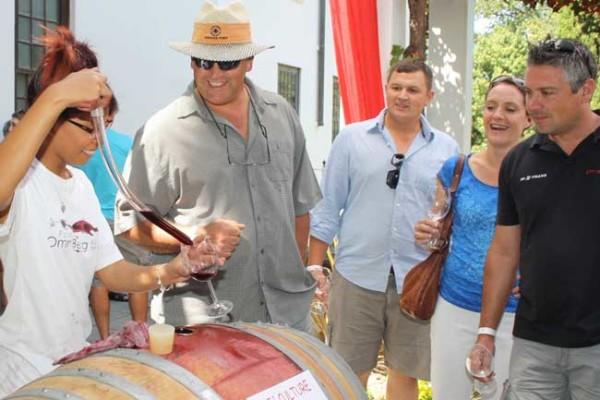 Young-wine-barrel-tasting-at-KWV