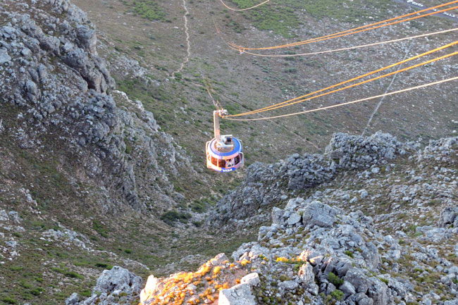 WIFI LOUNGE OPENS ON TABLE MOUNTAIN