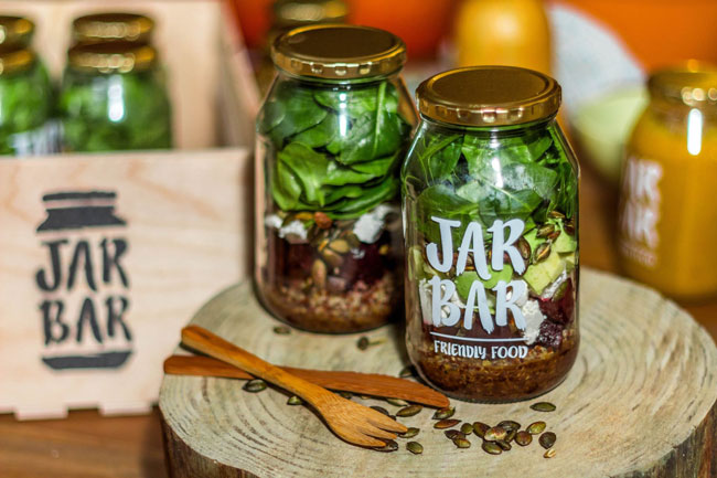 HEALTHY LUNCH FROM THE JARBAR TO YOU