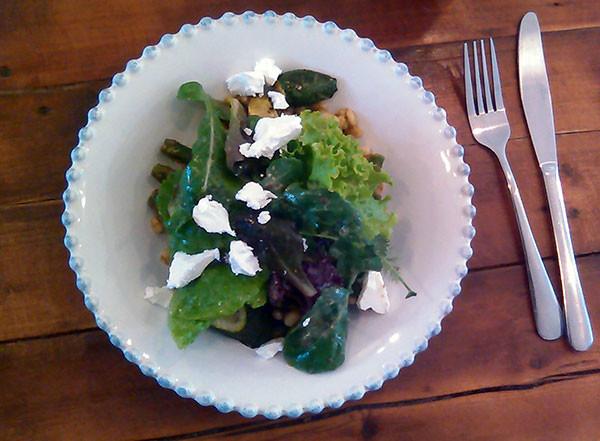 reverie-social-table-salad
