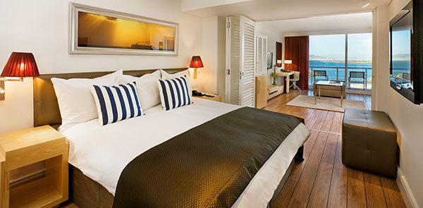 Business-Class-Bedroom