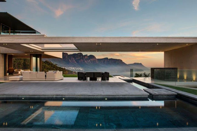 MOST EXPENSIVE CT PROPERTY SOLD FOR R290 MILLION