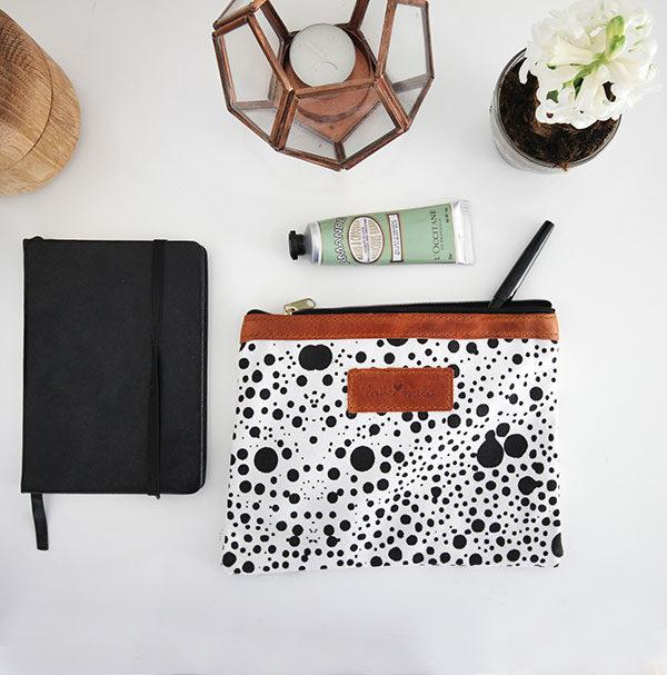 cosmos-desk-purse
