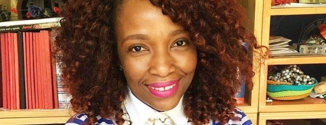 Lerato tshabalalala at Book Lounge (1)