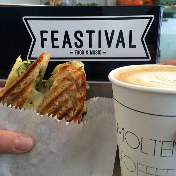 Motlen-toffee-coffee