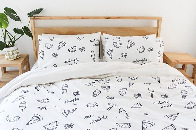 STAY WARM WITH CUTE PATTERNED ZANA LINEN
