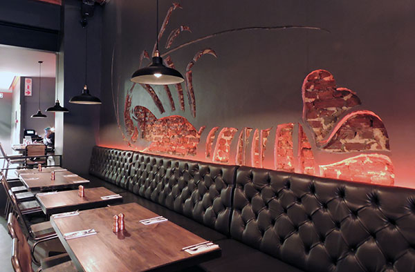 burger-and-lobster-interior-