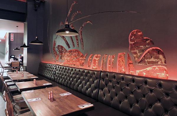 burger-and-lobster-interior-