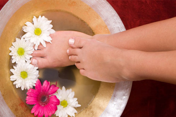 beauty-salon-feet