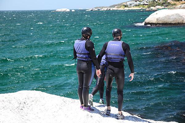 extreme-dating-coasteering-