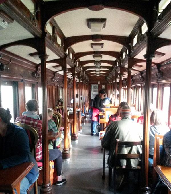 ceres-rail-dining-car