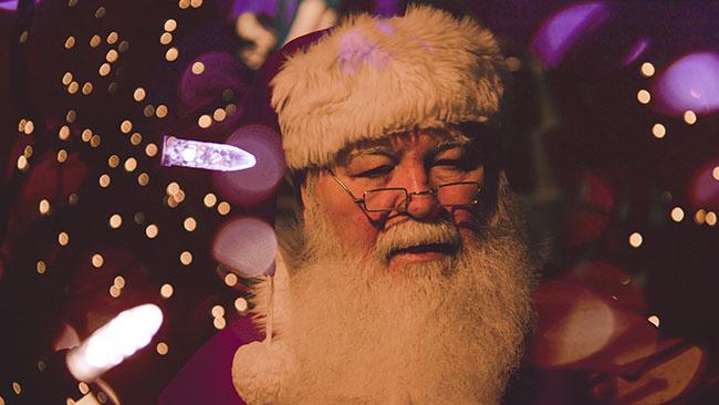 Santa_unsplash-