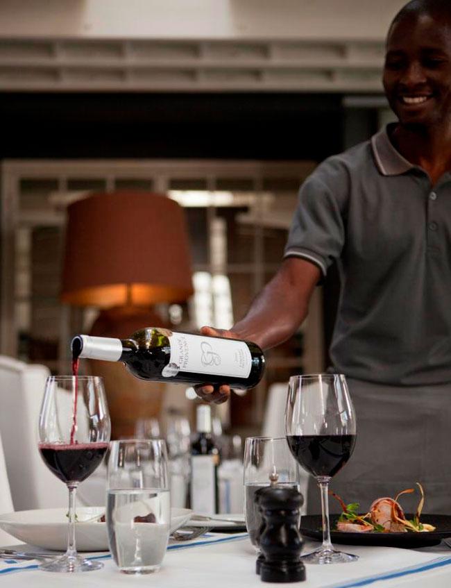 Grande-Provence-Service---Wine-LR