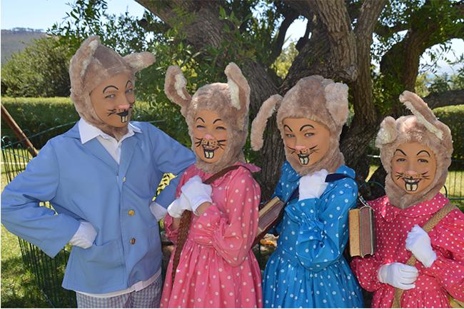 10 Peter Rabbit (Mia Dippenaar), Flopsy (Mila Barton), Mopsy (Jenna Koller), Cotton Tail (Sarah Holwill)