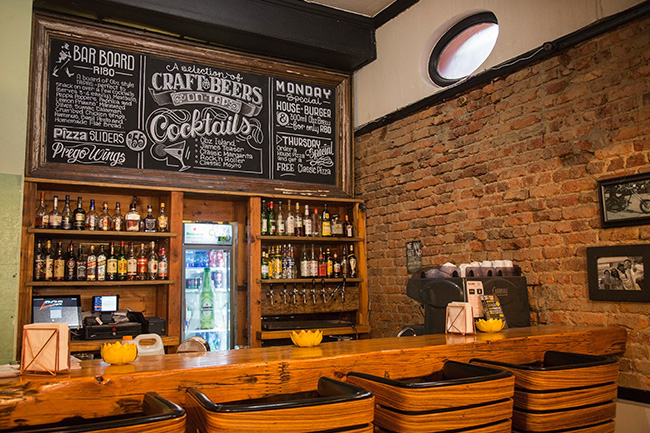 Obz Cafe bar – S Dollery