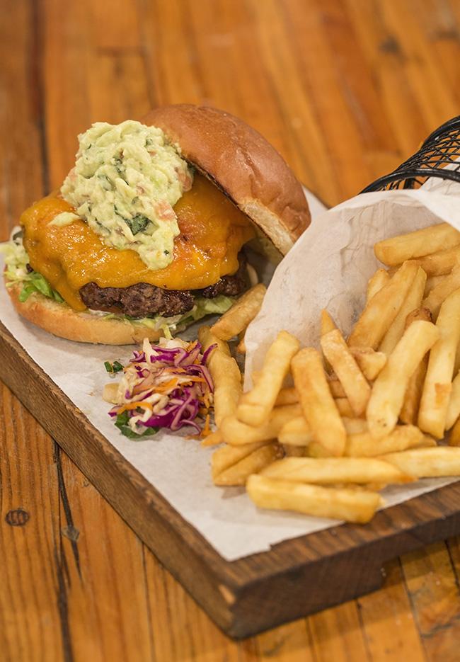 Obz Cafe nacho burger – S Dollery