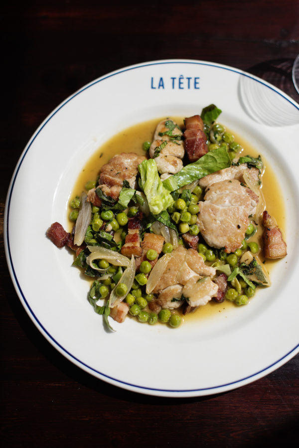 Sweetbreads with peas