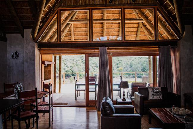 Aloe Ridge Lounge and Dining Area