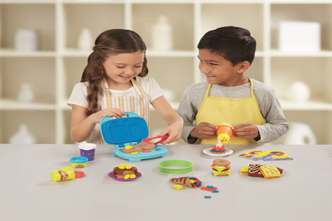 PLAY-DOH: Kitchen Creations Junior Chef Competition