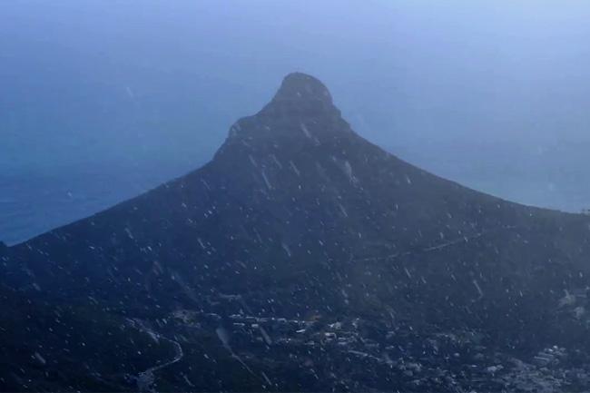 Table Mountain Snow