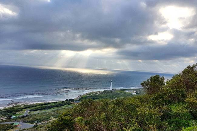 Rain forecast for Cape Town, possible snowfall tomorrow