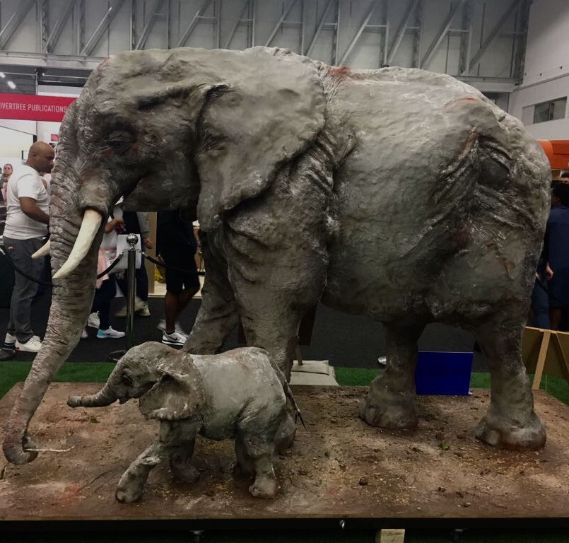 Life-size elephant cake wins first prize