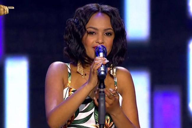 Twitter suspends Idols finalist Paxton
